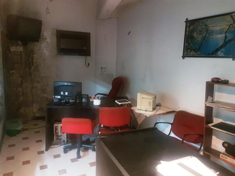 Foto Local en Venta | Alquiler en  Turdera,  Lomas De Zamora  hipolito yrigoyen 12286