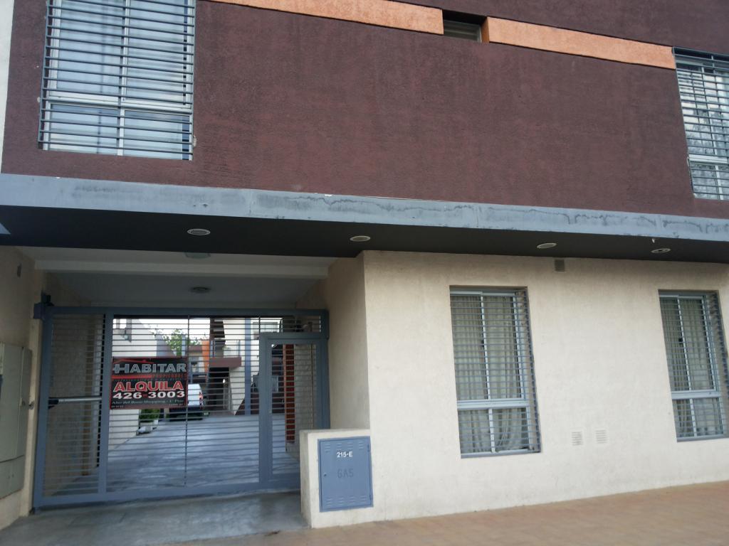 Foto Departamento en Alquiler en  Trinidad,  Capital  Sarassa Nº al 200