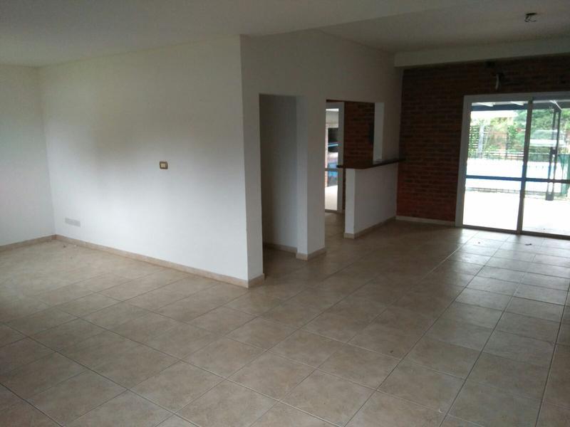 Foto Casa en Alquiler en  Canning,  Esteban Echeverria  Sargento Cabral al 6000