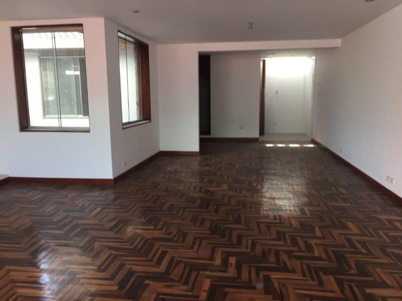 Foto Oficina en Alquiler en  Santiago de Surco,  Lima  AV. JACARANDA