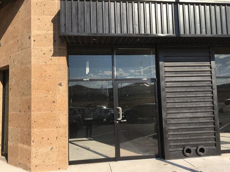 Foto Local en Venta en  Fraccionamiento Cerrada Castilla,  Chihuahua  Local Comercial