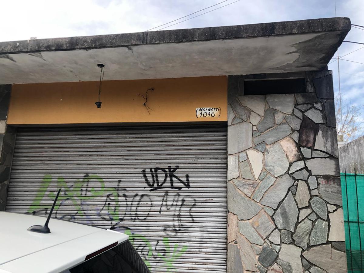 Foto Local en Venta en  San Miguel ,  G.B.A. Zona Norte  Malnatti 1016