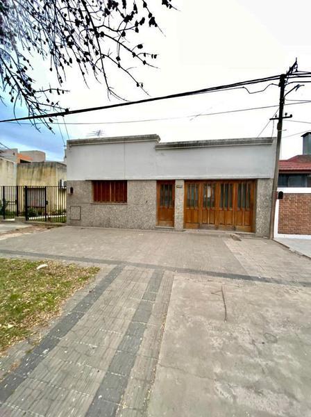 Foto Casa en Venta en  La Plata ,  G.B.A. Zona Sur   25 entre 62 y 63