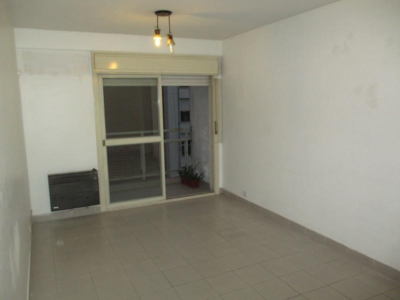Foto Departamento en Venta en  Boca ,  Capital Federal  Irala y Pi y Margall