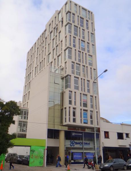 Foto Oficina en Alquiler en  Centro,  Mar Del Plata  Av. Independencia entre Falucho y Brown