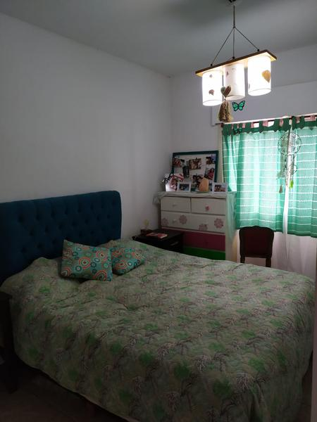 Foto Casa en Venta en  Banfield,  Lomas De Zamora  CARLOS CROCE al 1100