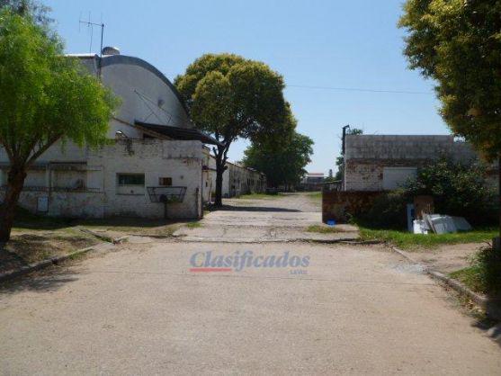 Foto Nave Industrial en Venta en  Res.San Carlos,  Cordoba  Garcilazo de la Vega al 2100