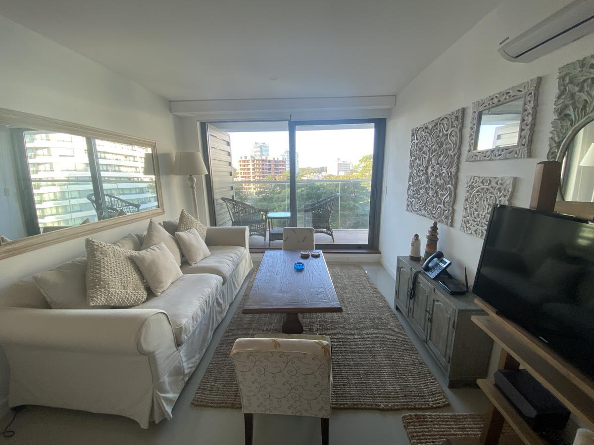 Foto Apartamento en Venta en  Playa Brava,  Punta del Este  Chronos