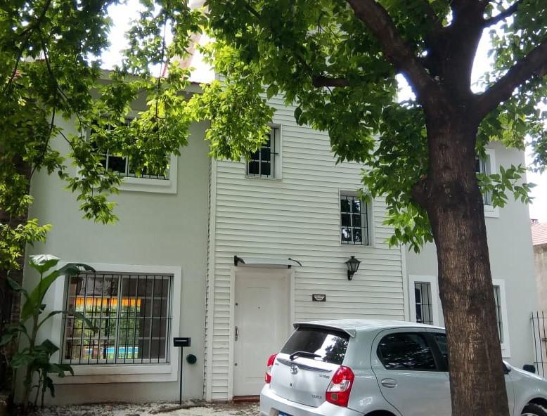 Foto Casa en Venta    en  Las Lomas-Horqueta,  Las Lomas de San Isidro  Padre Acevedo al 3500