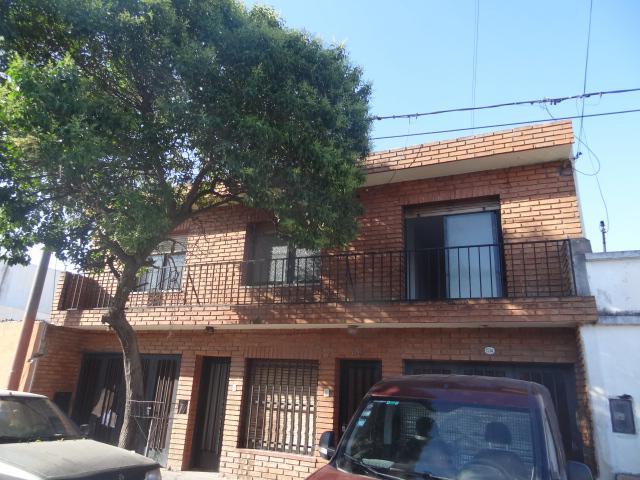 Foto Casa en Alquiler en  Alto Alberdi,  Cordoba  Angel Roffo al 2700