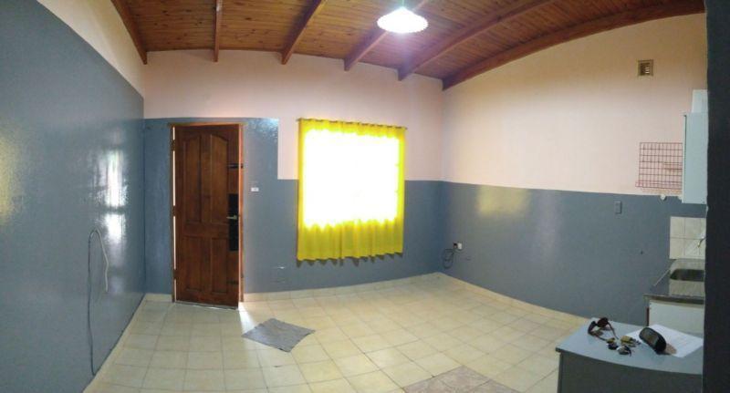 Foto Casa en Venta en  Cinco Saltos,  General Roca  J.M. Flores  00