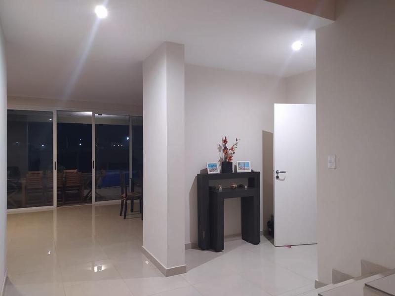 Foto Casa en Venta en  Yerba Buena ,  Tucumán  Barrio Privado La Emilia - Solano Vera 2.900