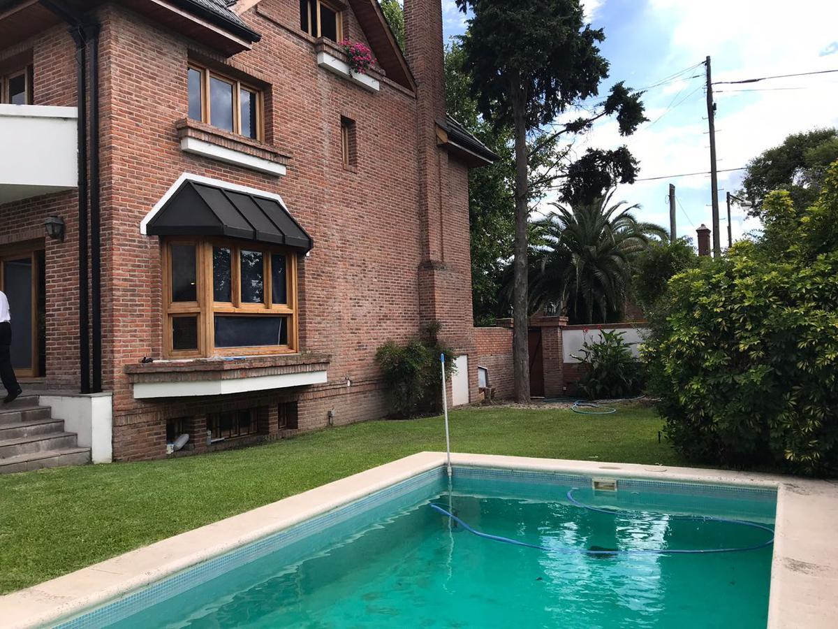 Foto Casa en Venta en  Acas.-Vias/Libert.,  Acassuso  R.Gutierrez al 900