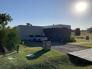 Foto Casa en Alquiler en  Canelones ,  Canelones  Altos de la Tahona