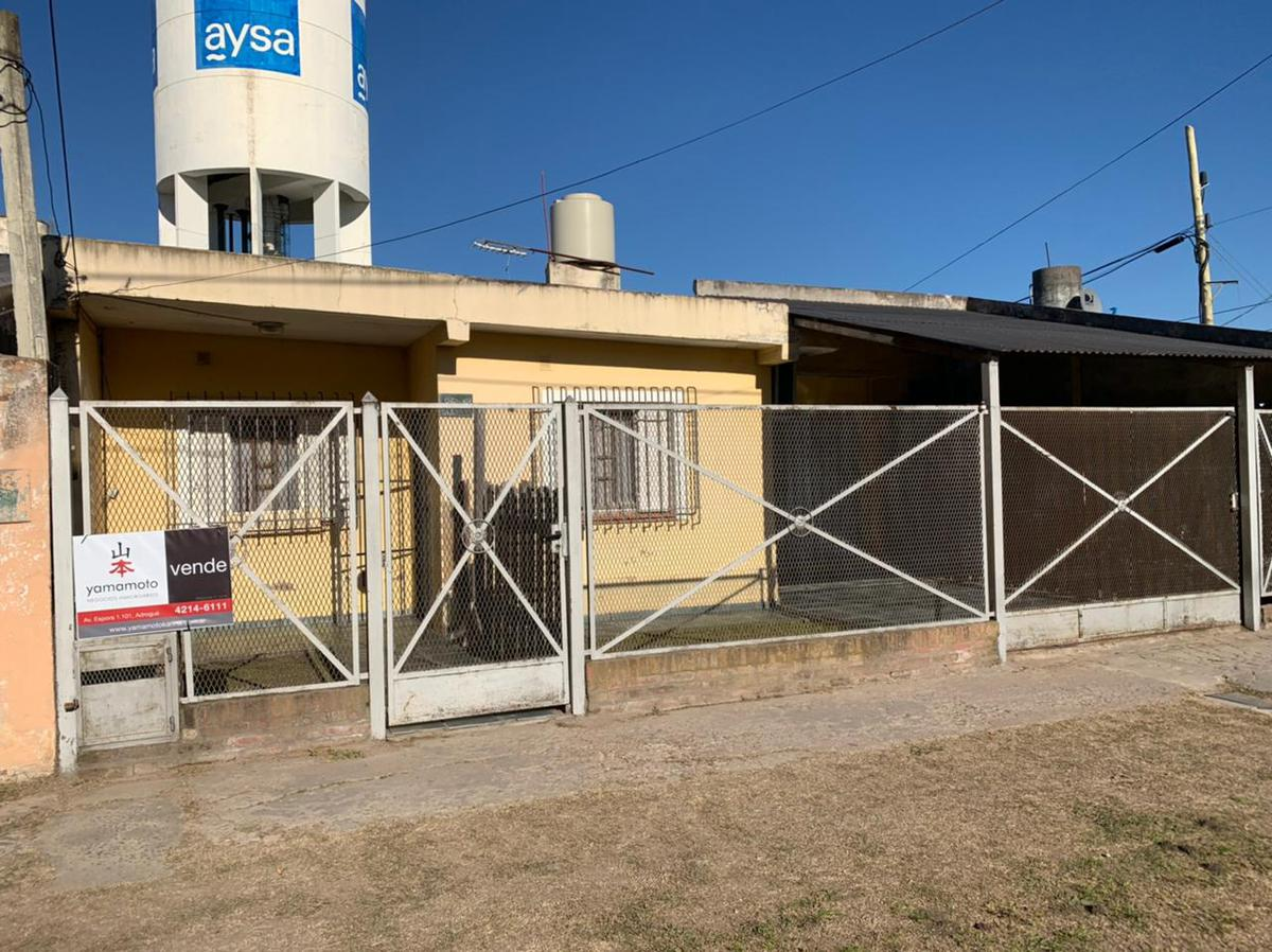 Foto Casa en Venta en  Guernica,  Presidente Peron  Peru 86 Guernica