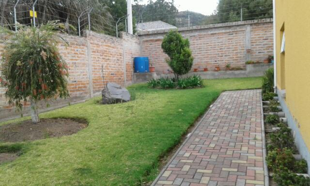 Foto Departamento en Alquiler en  Nayón - Tanda,  Quito  NAYON RENTA SUITE LINDO JARDIN DISPONIBLE FEBRERO 15