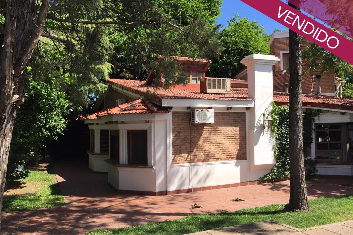 Foto Casa en Venta en  La Florida,  Rosario  J C Paz 2500