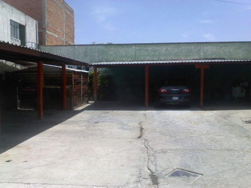 terreno en venta en barrio de san miguelito
