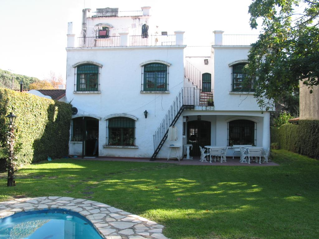 Foto Casa en Venta en  S.Isi.-Libert./Lasalle,  San Isidro  Roque Saenz Peña al 600
