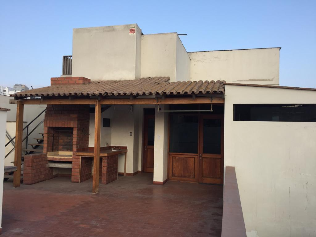 Foto Casa en Venta en  SAN ANTONIO,  Miraflores  CALLE JULIAN ARIAS ARAGUEZ 6XX