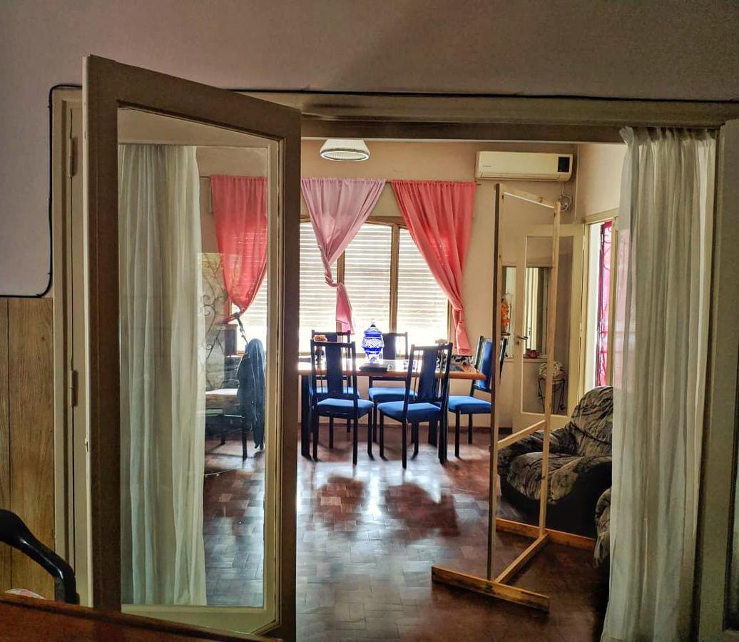 Foto Casa en Venta en  Rep.De La Sexta,  Rosario  Dean Funes al 1100