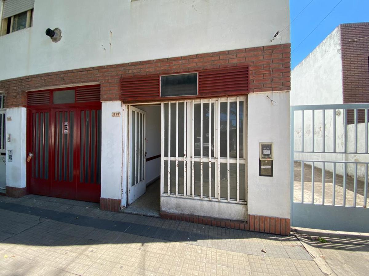 Foto Departamento en Venta en  La Plata ,  G.B.A. Zona Sur  57 Entre 20 y 21