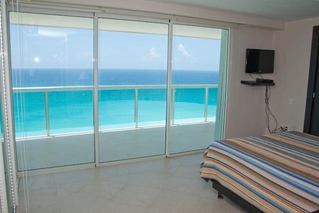 Foto Departamento en Venta | Renta en  Zona Hotelera,  Cancún  DEPARTAMENTO VENTA PORTOFINO CANCUN