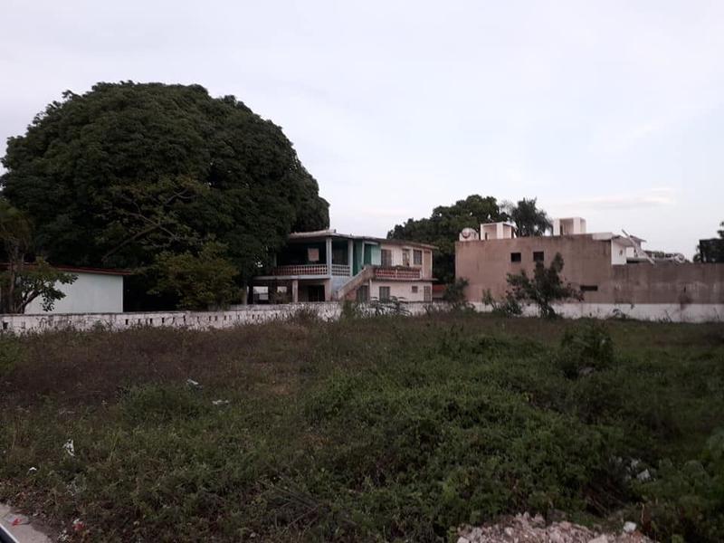 Foto Terreno en Venta en  Tihuatlán ,  Veracruz  TERRENO 800 M2 EN VENTA UNIDAD NACIONAL