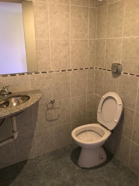 Foto Oficina en Venta en  La Plata ,  G.B.A. Zona Sur  diagonal 73 esquina 48