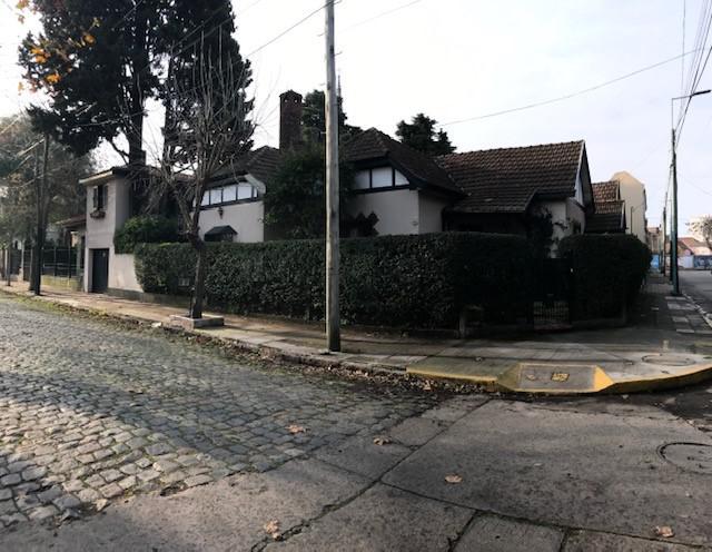 Foto Casa en Venta en  Temperley Oeste,  Temperley  Tomas Guido 498
