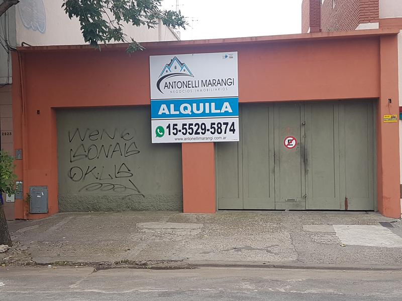 Foto Local en Alquiler en  Coghlan ,  Capital Federal  Ricardo Balbin al 2900