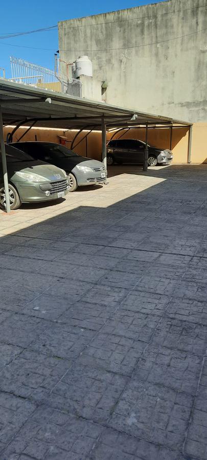 Foto Departamento en Venta en  Lomas de Zamora Oeste,  Lomas De Zamora  Alem al 160 12º A
