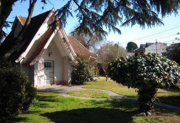 Foto Quinta en Venta en  Monte Grande,  Esteban Echeverria  Malvinas al 700