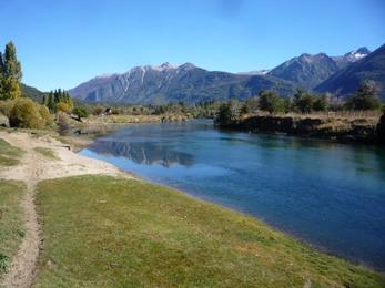 Foto Campo en Venta en  Cholila,  Cushamen  2 has. Río Carrileufu, Villa Rivadavia, Cholila