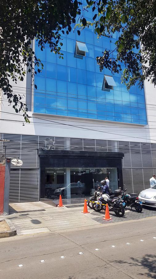 Foto Oficina en Venta en  Santiago de Surco,  Lima  Monterrey
