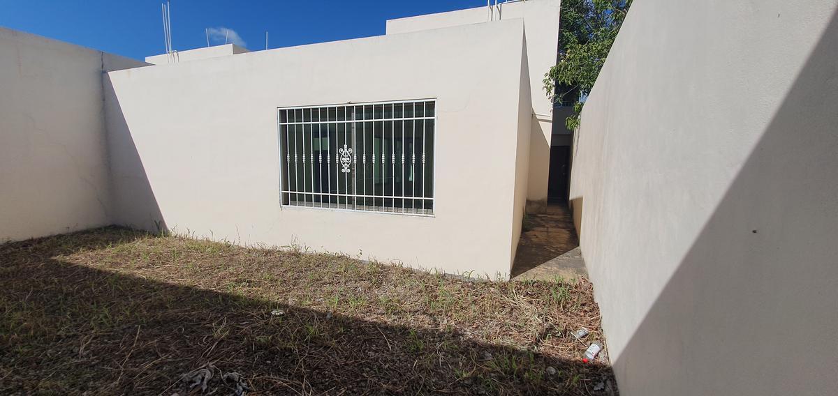 Foto Casa en Venta en  Chetumal ,  Quintana Roo  Camelias 196 Lado izquierdo