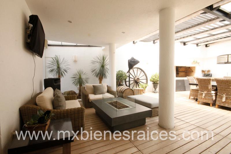 Foto Casa en Venta en  Lomas Country Club,  Huixquilucan  Espectacular Residencia Lomas Country