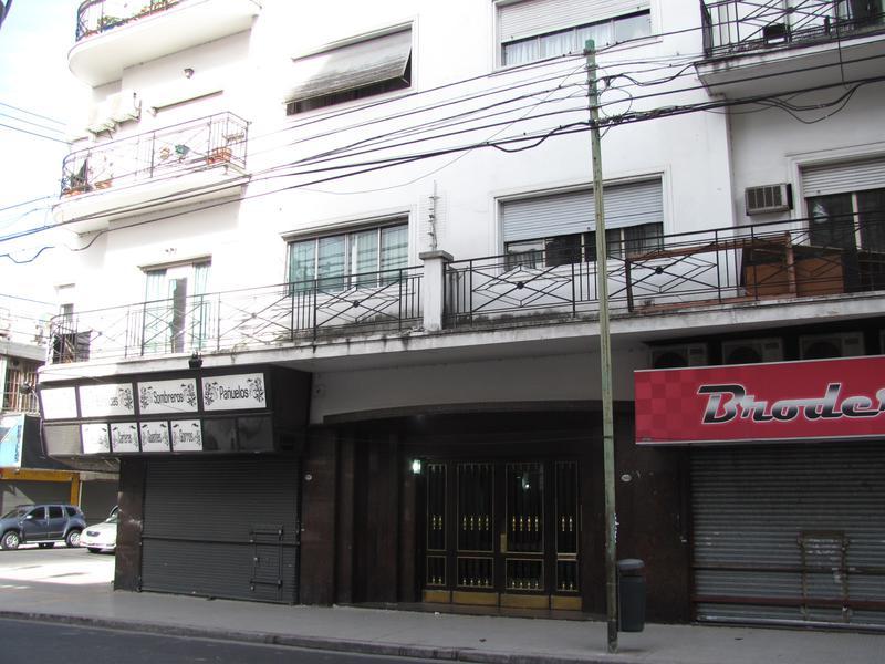 Foto Departamento en Venta en  Balvanera ,  Capital Federal  Sarmiento al 2600 entre Castelli y Paso