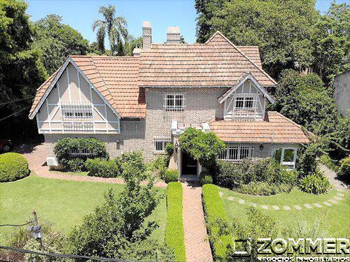 Foto Casa en Venta en  Martinez,  San Isidro  Las Heras 2500, Martínez - imponente casa en triple lote