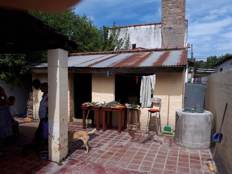 Foto Casa en Venta en  Centro,  Ingeniero Maschwitz  castelli al 600