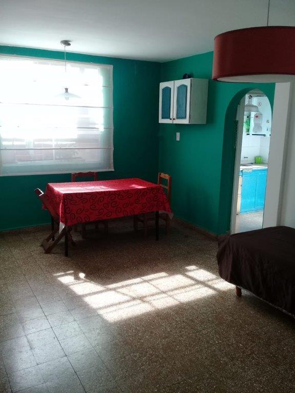 Foto PH en Alquiler temporario en  Parque Chacabuco ,  Capital Federal  EMILIO MITRE al 700