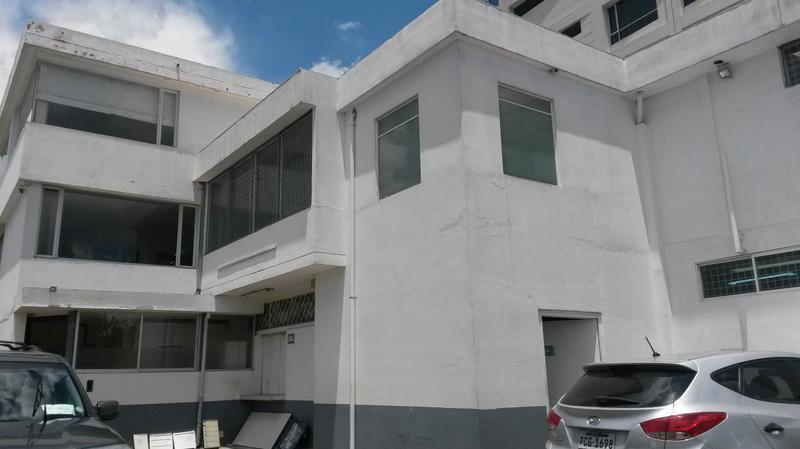 Foto Oficina en Venta en  Norte de Quito,  Quito  IDEAL TERRENO CONSTRUCTORES EL BOSQUE, EXCELENTE UBICACIÓN, 873  MTS,