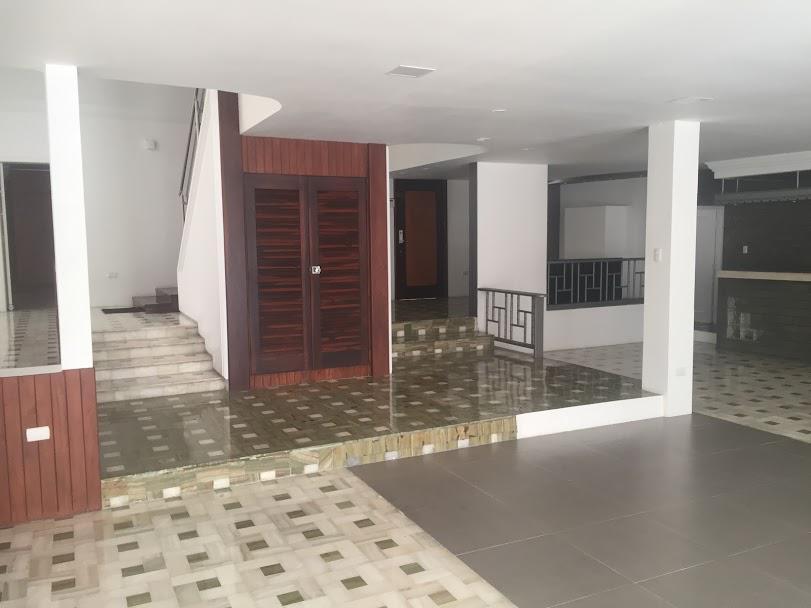 Foto Oficina en Venta | Alquiler en  Norte de Guayaquil,  Guayaquil  Av Francisco Boloña