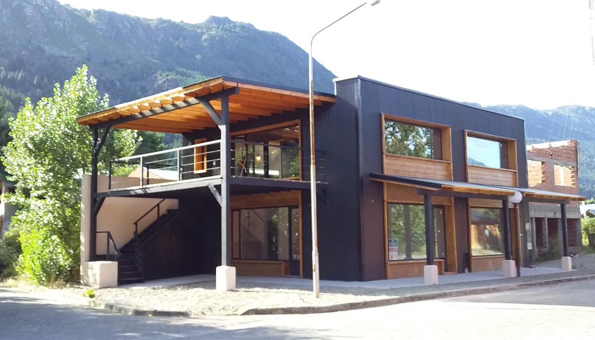Foto Local en Alquiler en  Centro,  Lago Puelo  RR3847