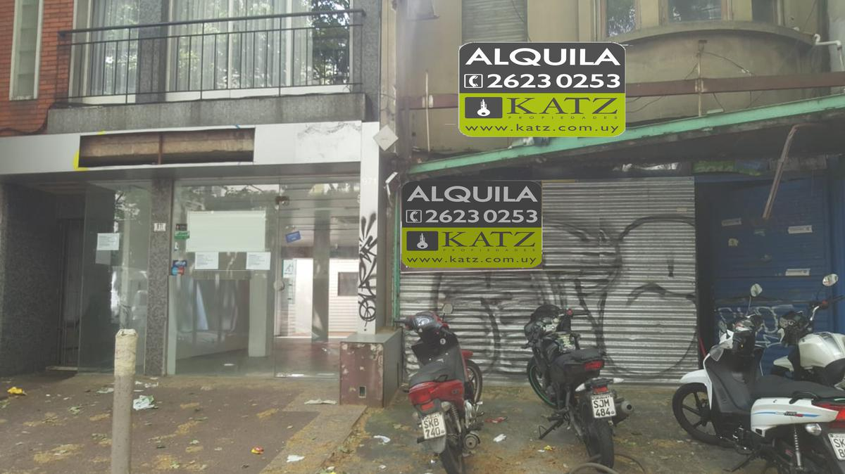 Foto Local en Alquiler en  Pocitos ,  Montevideo  Benito Blanco y Av Brasil