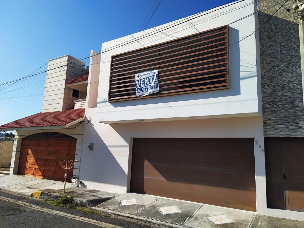 Foto Casa en Venta en  Fraccionamiento Costa de Oro,  Boca del Río  CASA EN VENTA FRACCIONAMIENTO COSTA DE ORO BOCA DEL RÍO VERACRUZ