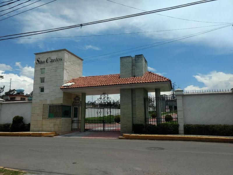 Foto Casa en condominio en Venta en  Ixtlahuaca de Rayón Centro,  Ixtlahuaca  Casa en Obra Negra en Venta en Fraccionamiento Residencial Cerrado, Cerca Centro Ixtlahuaca