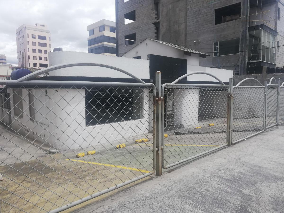 Foto Local Comercial en Alquiler en  La Carolina,  Quito  Tierra y Shyris