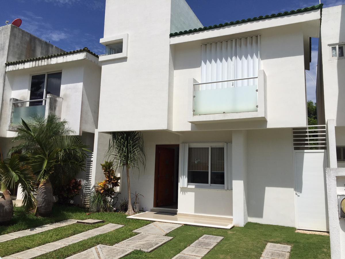 Foto Casa en condominio en Renta en  Polígono Sur,  Cancún  Casa en Renta AMUEBLADA Residencial Quintas Kavanayen Cancun