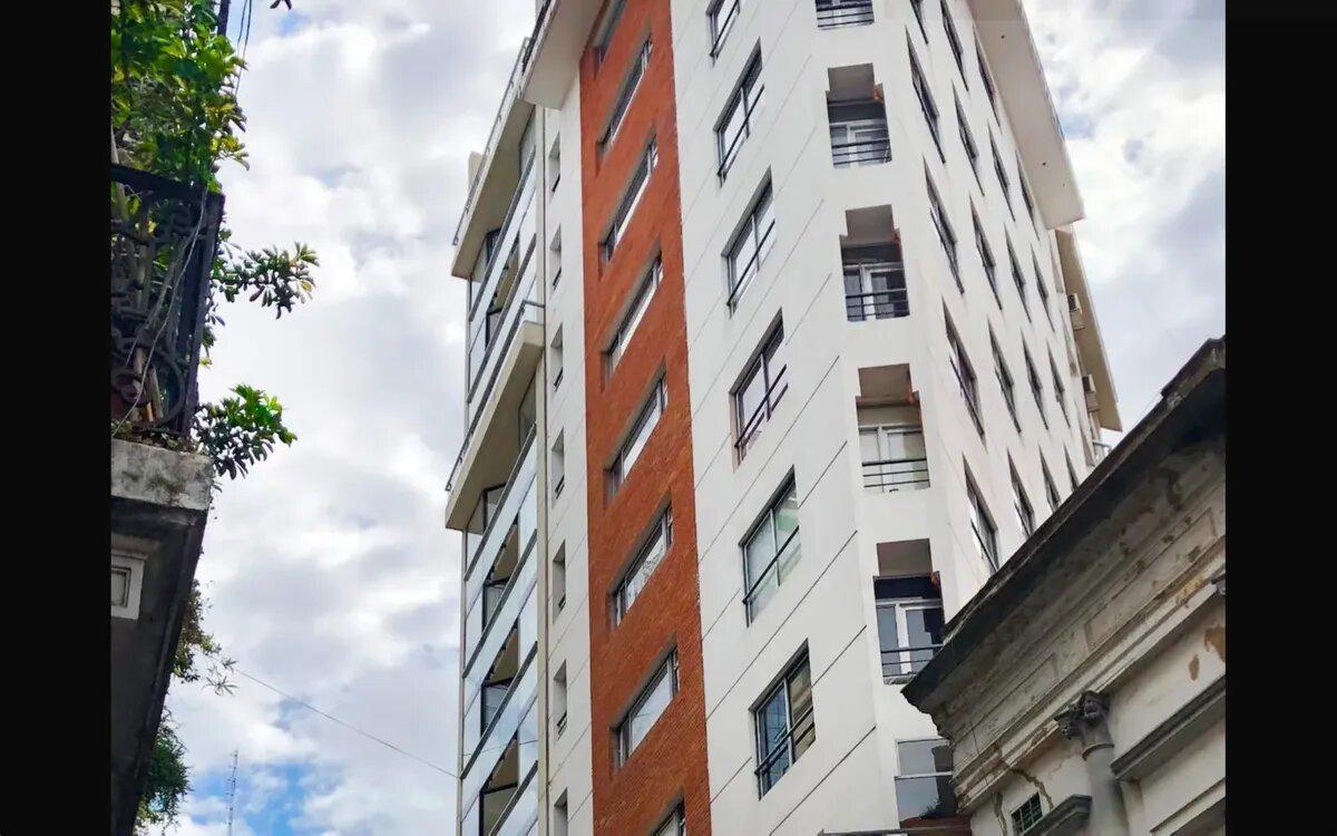 Foto Departamento en Venta en  San Telmo ,  Capital Federal  Tacuari al 400